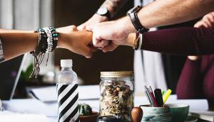 En este artículo sabrás 5 importantes consejos de como llegar a la Multitud Social que me le convenga a su negocio. Léalo y no deje de ponerlo en practica..